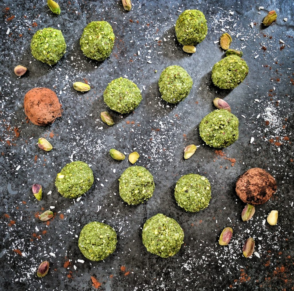 Matcha and Pistachio Balls, the end product