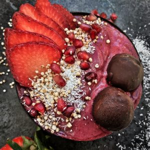Berry Beauty Smoothie Bowl